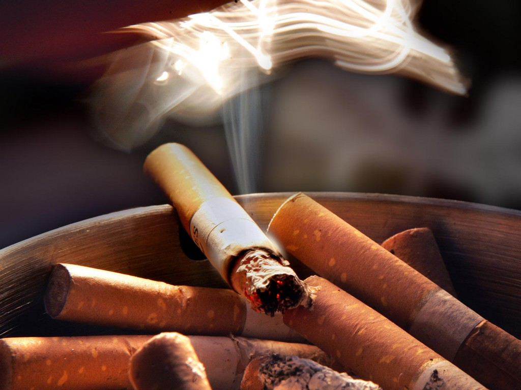 Does cigarette smoking offer any benefits