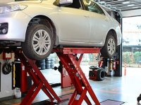 Finding car repair specialists with a better approach
