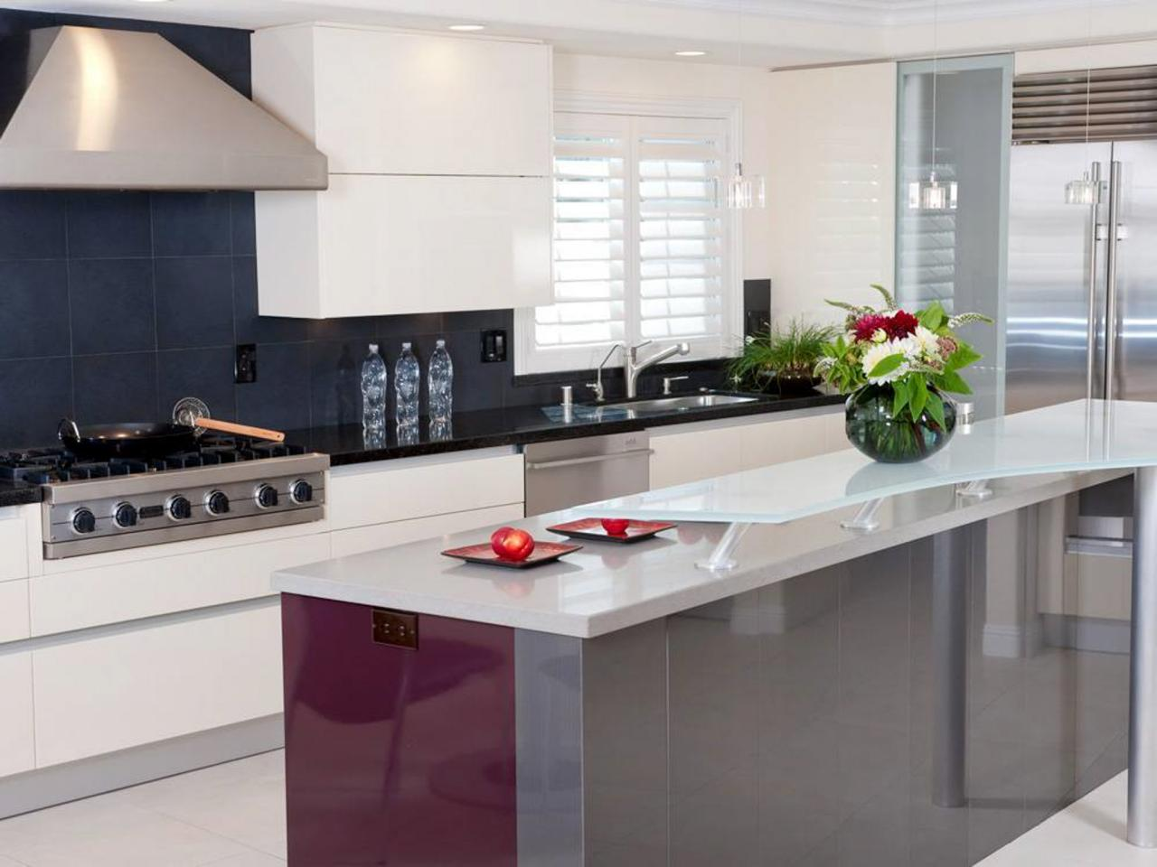 Modern and simple styles of kitchens